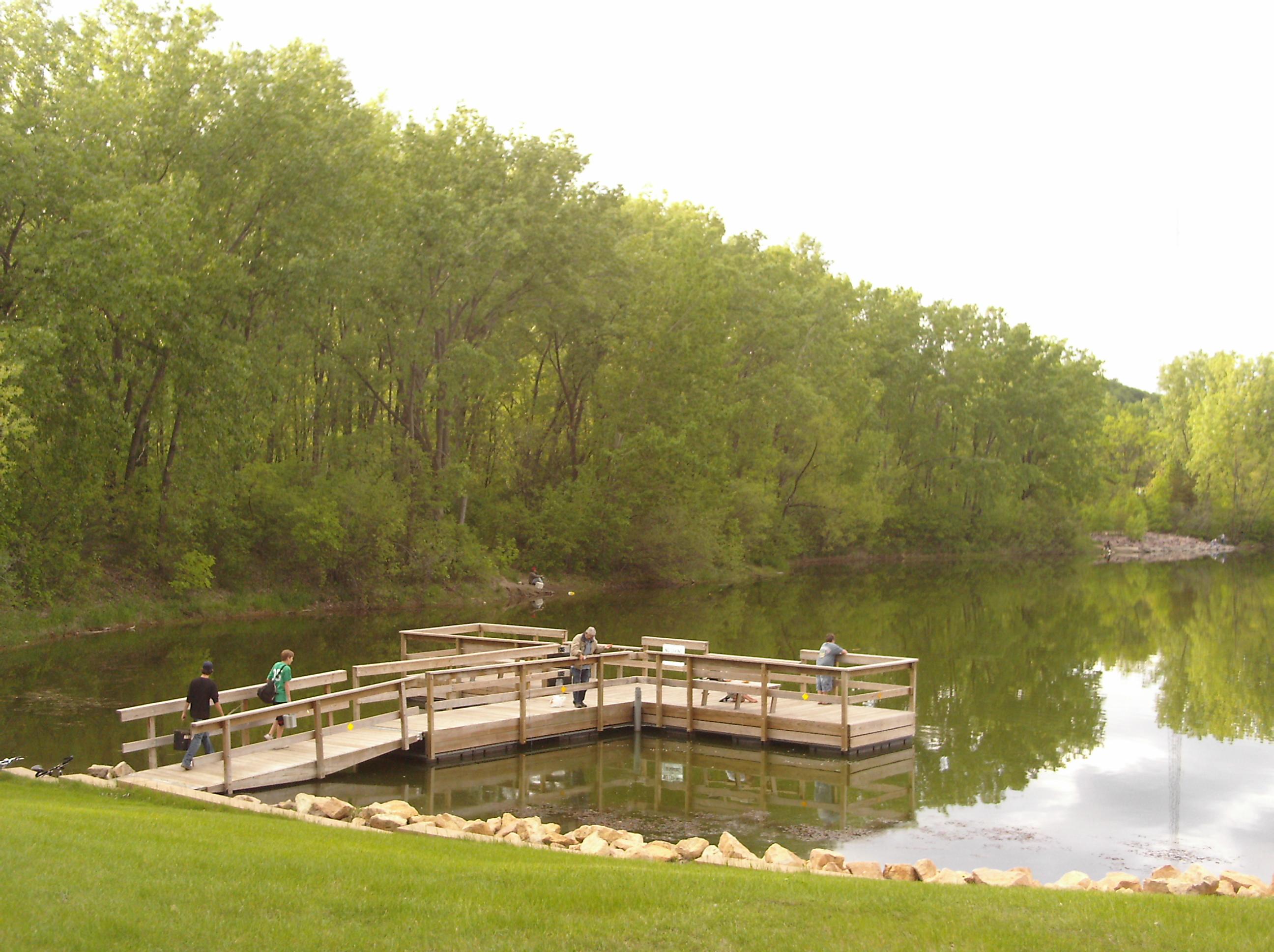Lake hallett association st peter minnesota for Fishing pond